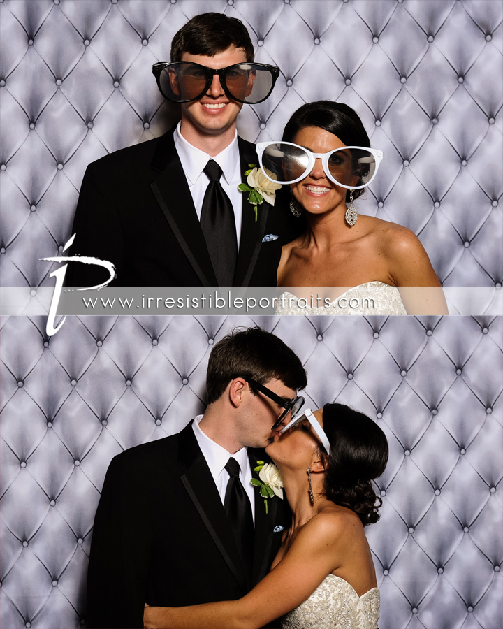 bride & groom photoboothy